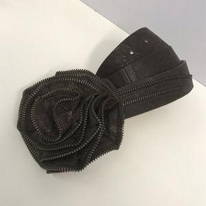 Streets Ahead Brn Leather Zipper Flower Belt SZ S